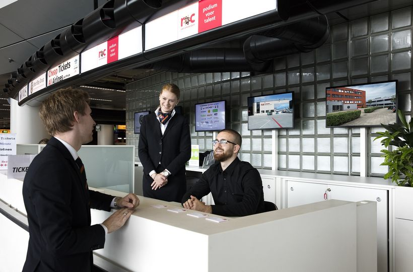MBO College Airport opent servicebalie op Schiphol